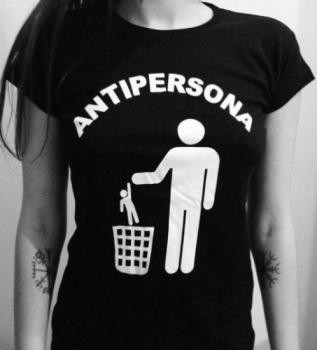 camiseta antipersona chica