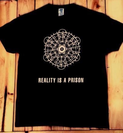 camiseta-polybius2